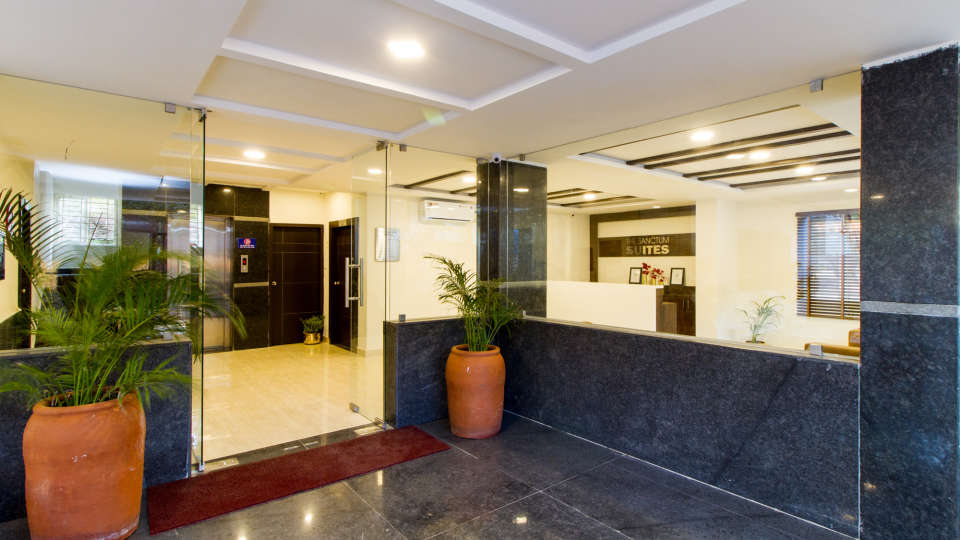 Reception and Lobby The Sanctum Suites in Whitefield 6