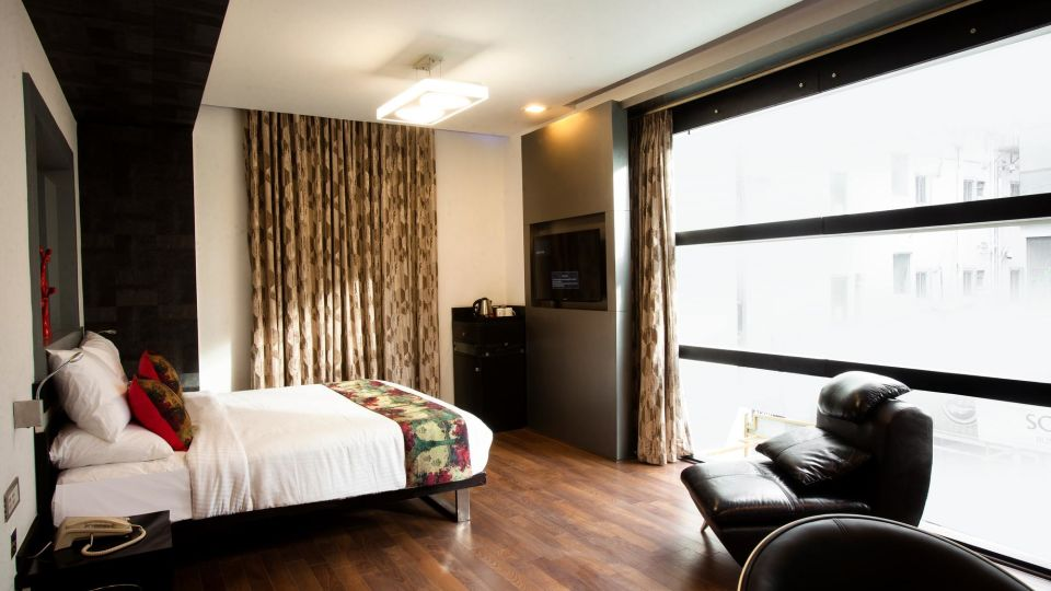 Valley View Rooms Rooms, Mango Hotels Purple Brigade, Rooms in Bangalore