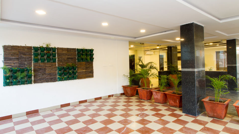 Reception and Lobby The Sanctum Suites in Whitefield 5