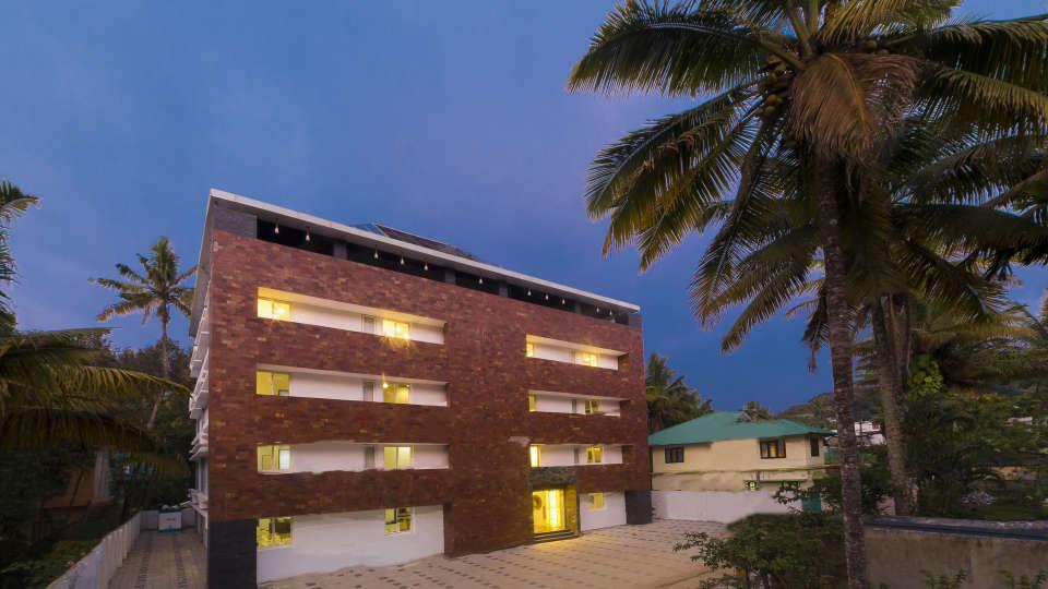 Facade Summit Hampton Hotel Thekkady
