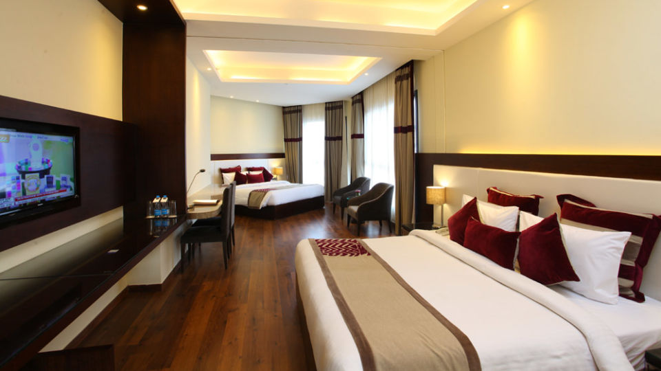 Family Rooms Hotels in Shimla, Marigold Sarovar Portico, resort near shimla ewae