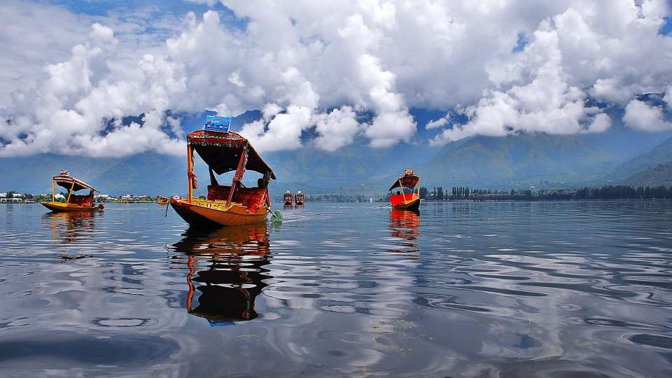 Dal Lake Orchard Retreat Spa Srinagar