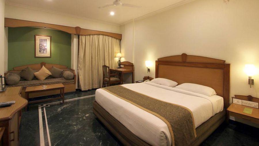 Taj Tri Star Hotel Executive Room 01