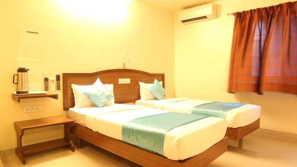 Hotel Ashiyana   Shivaji Nagar, Pune Pune Standard AC Rooms Hotel Ashiyana Shivaji Nagar Pune1