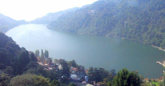 Nainital-lake-from-hill the naini retreat nainital