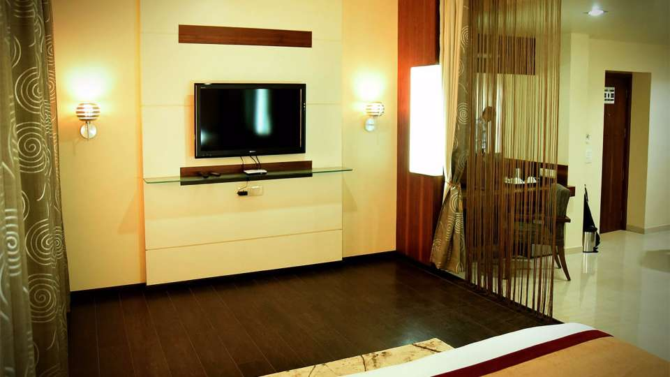 Fortune Suite at Hotel Fortune Palace, Suites in Jamnagar, Hotels in Gujurat 2