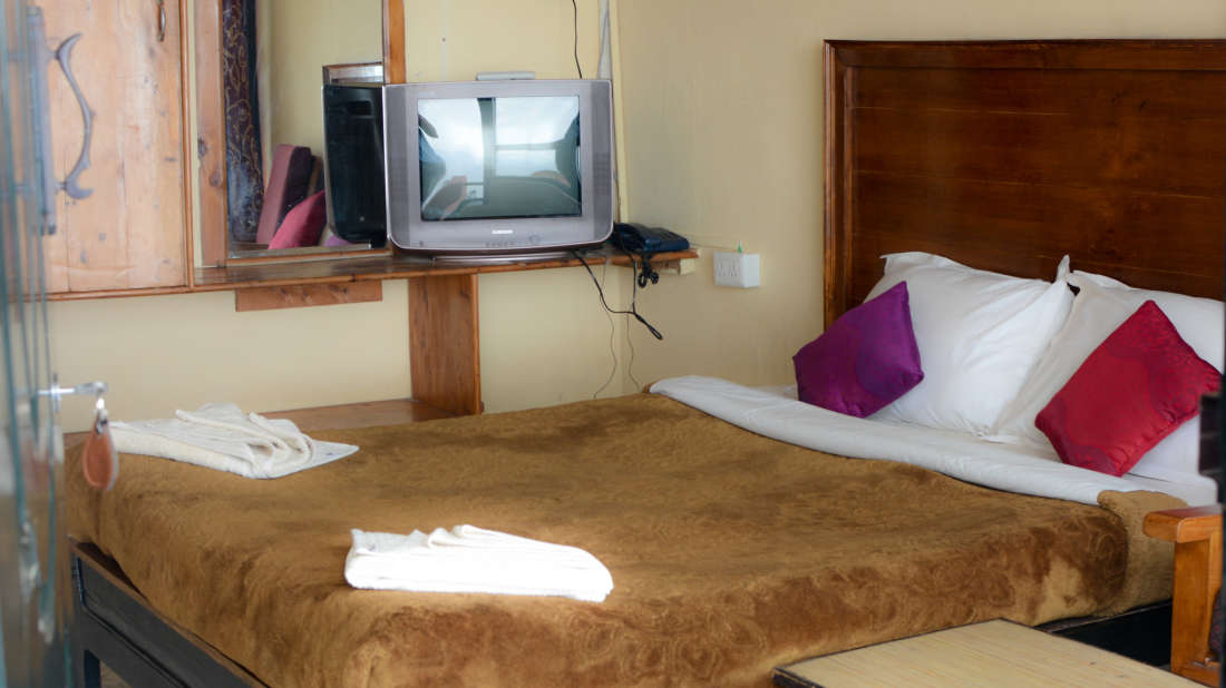 Greenlands Youth Hostel & International Tourist Home Kodaikanal standard rooms Hotel Greenland Kodiakanal 1