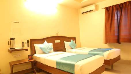 Hotel Ashiyana | Shivaji Nagar, Pune Pune Standard AC Rooms Hotel Ashiyana Shivaji Nagar Pune2