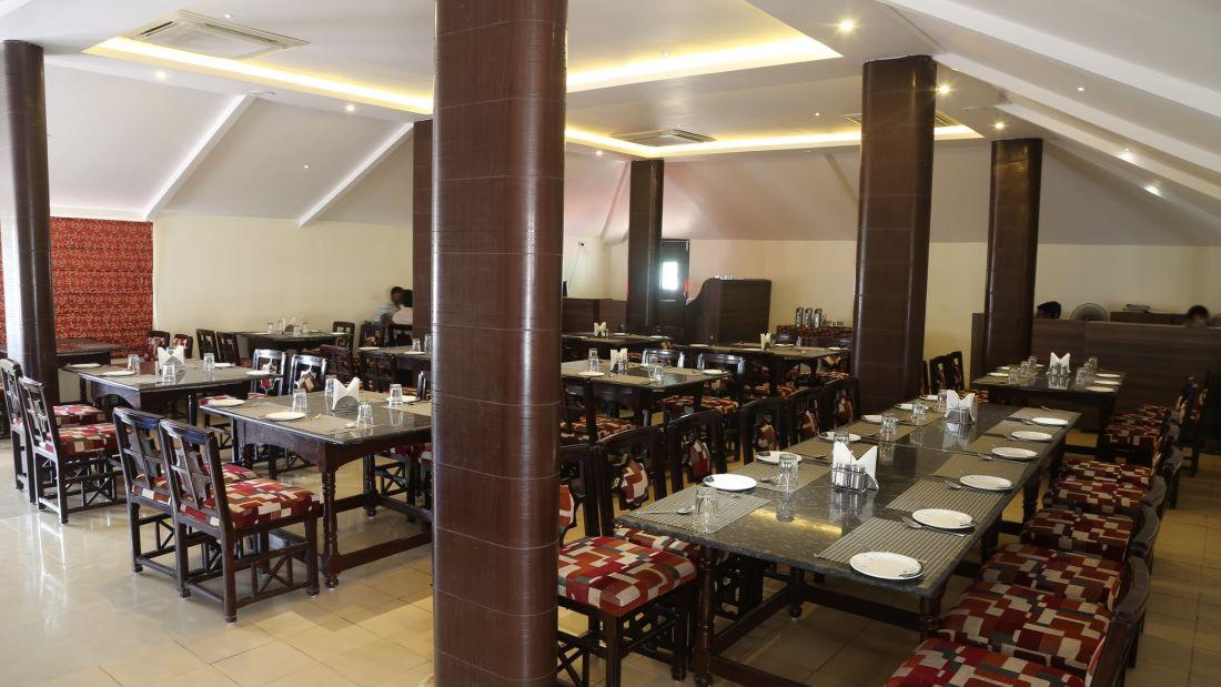 Restaurant Sai Priya Beach Resort Vizag 2