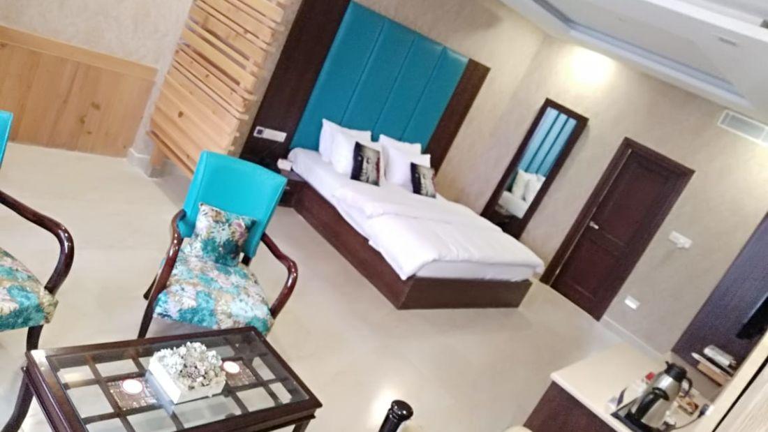 luxury suites at hotel mount view, best suites in Dalhousie 4