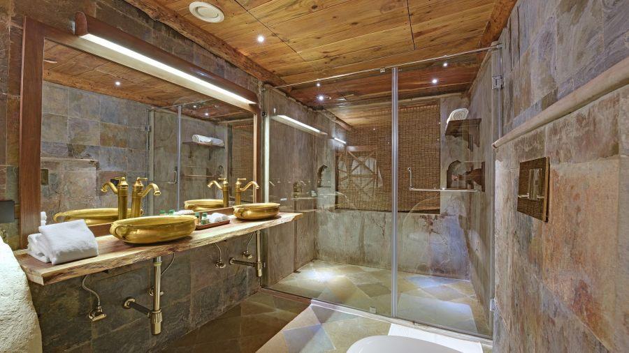 alt-text Luxury Cottage - Bathroom xv767t, Baagh Ananta Elite, Ranthambore