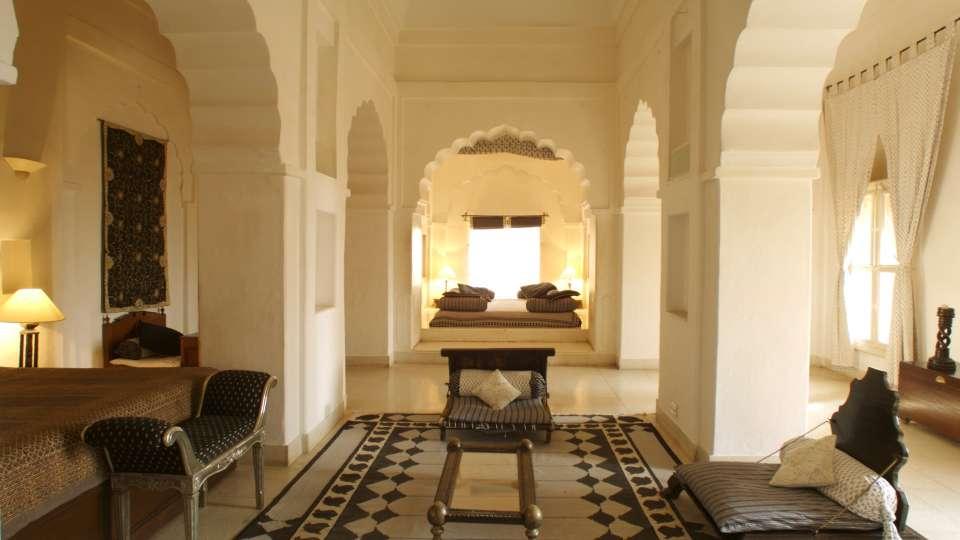 Neemrana Fort Palace Neemrana Chandra Mahal Hotel Neemrana Fort Palace Neemrana Rajasthan 1