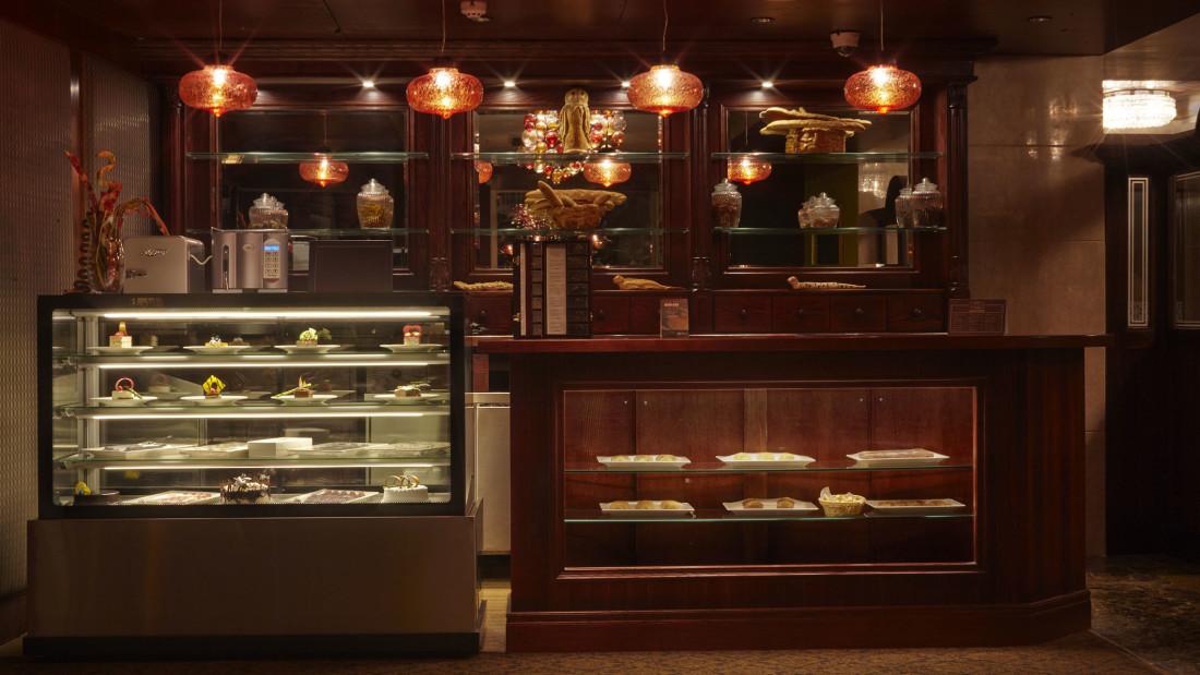 Hearth Bakery, Hablis Hotel Chennai, Restaurant in Chennai 3