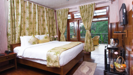 superior-suite Niraamaya Retreats Aradura Kohima Kohima Hotel in Nagaland