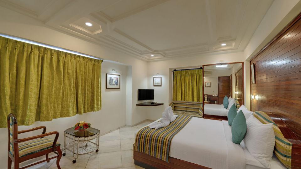 KK Beacon Hotel in RajkotRooms 7