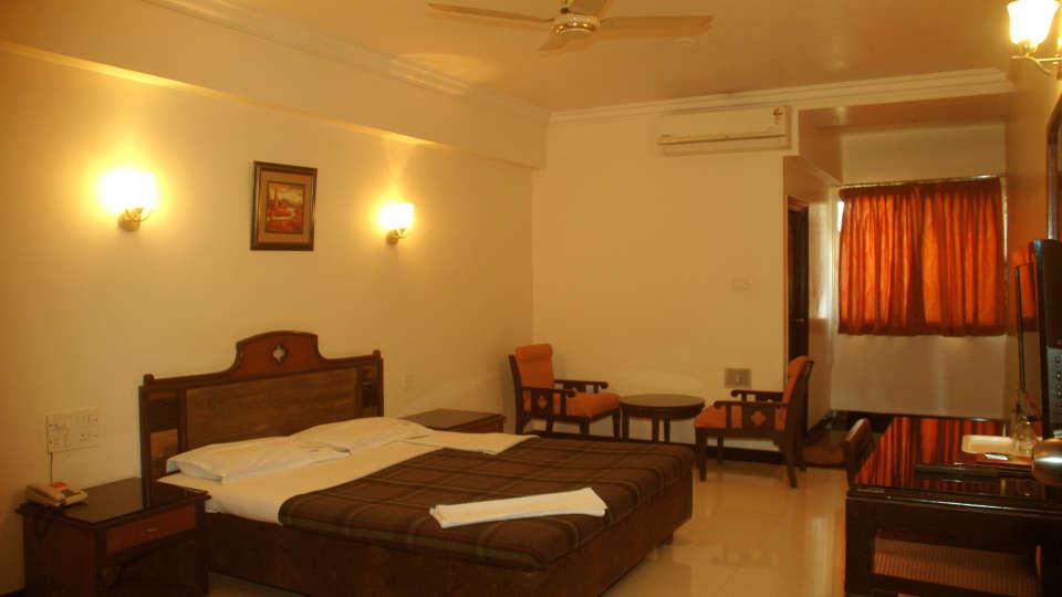 Hotel Suvarna Regency, Hassan Hassan Deluxe Ac rooms at hotel suvarna regency in hassan