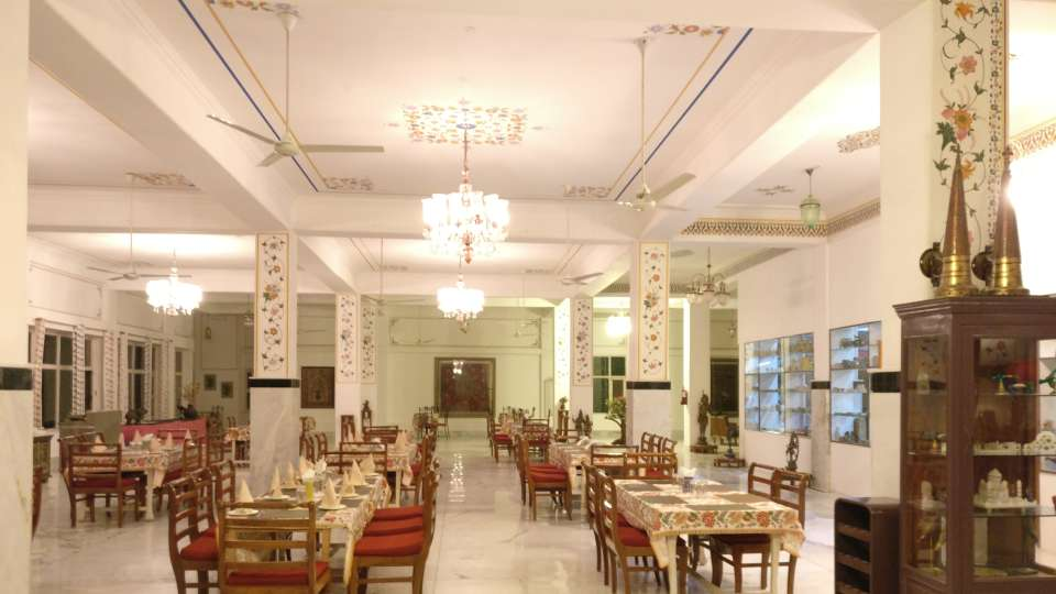 Umaid Lake Palace Dausa  DINING 2