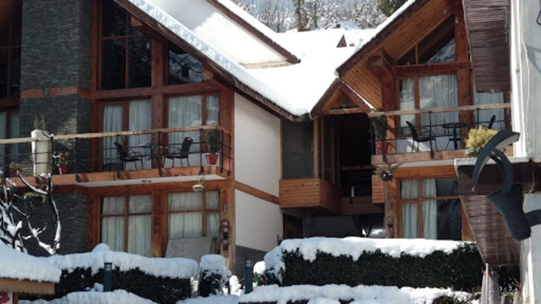 Renest River Country Resort Manali  Snow View
