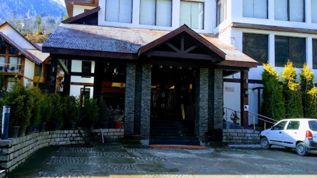 Renest River Country Resort  Manali |Day Entrance view
