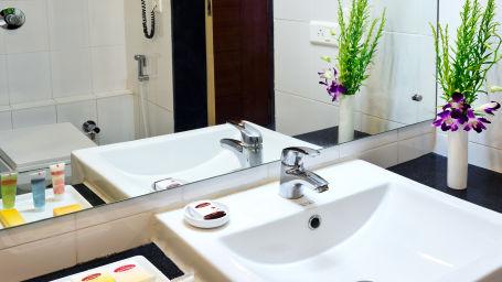Executive Rooms2_Hotel Southern Grand Vijayawada, hotels Near Vijayawada Railway Station, Vijayawada hotel