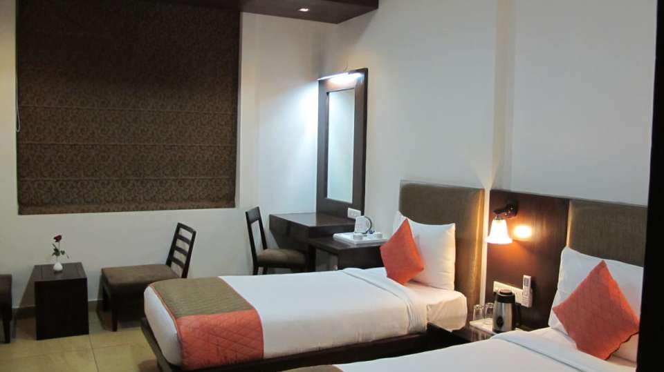 studio rooms TGI Apple Inn Jaipur 2