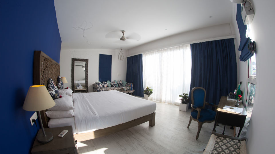 Hotel Rooms in Morjim, Living Room Beach Resort, Goa 2