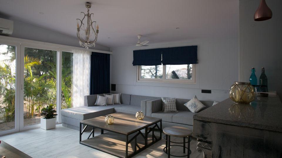 Hotel Rooms in Morjim, Living Room Beach Resort, Goa 7