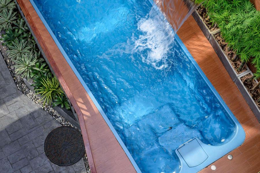 alt-text Hotel Vela Be Bangkok Ratchathewi - Vela Courtyard Pool