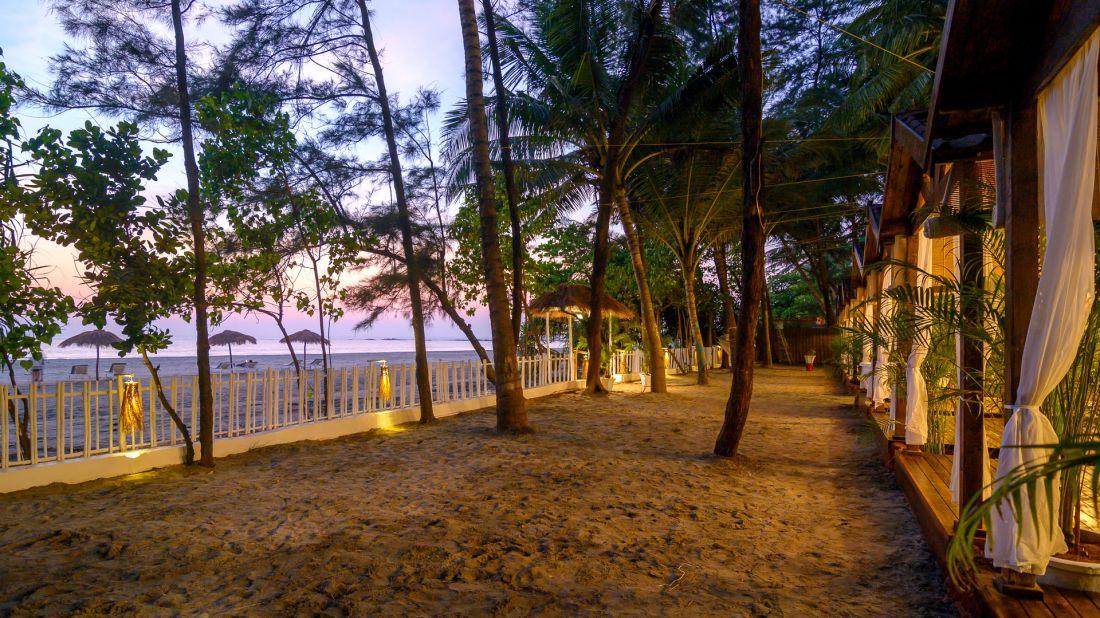 Larisa - Goa -9669