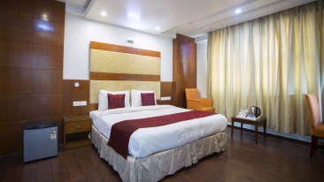 Trimrooms Palm D or Hotel in Delhi Palm Business Room