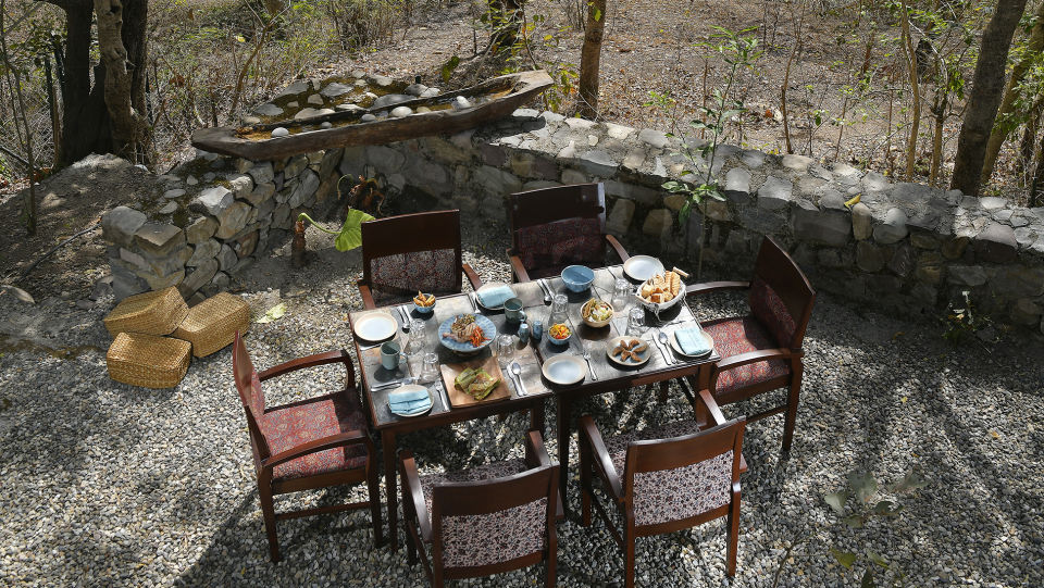 Outdoor Dining 2