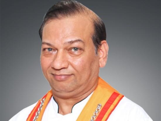Narendra Singh- Sarovar management profile