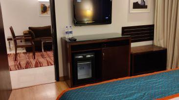 Suite Room- Bedroom