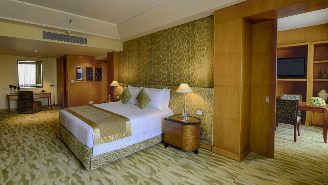 Room The Grand New Delhi 118