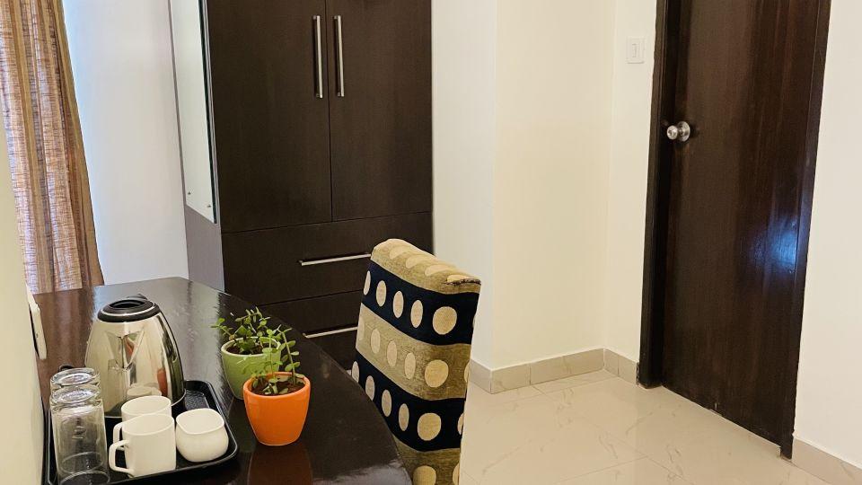 Premium Room with Balcony3