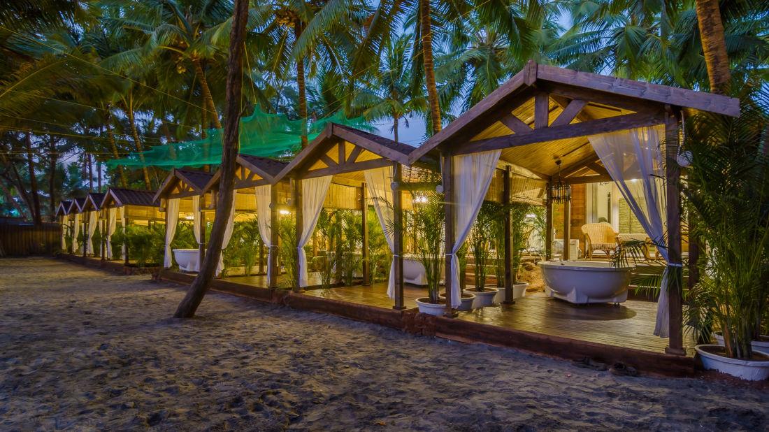 LaRiSa Beach Resort in Goa - Outdoors 01