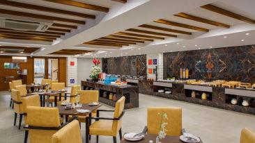 Dining Sobit Sarovar Portico Goa2