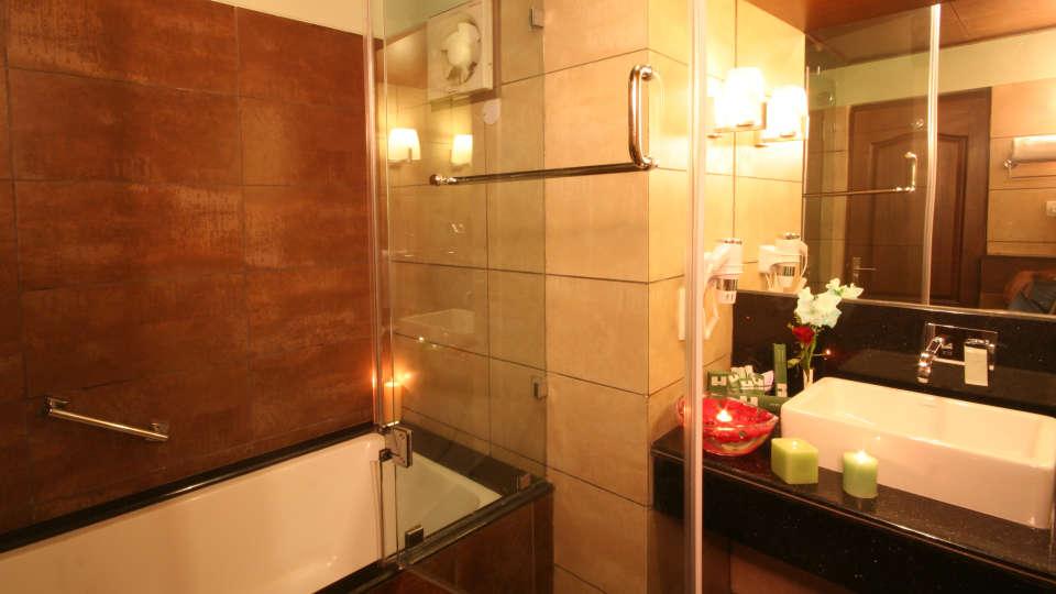 Suite Room Washroom Resort De coracao Goa