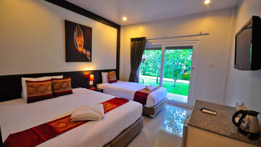 Phuket Airport Hotel Bangkok Superior triple Phuket Airport Hotel 2