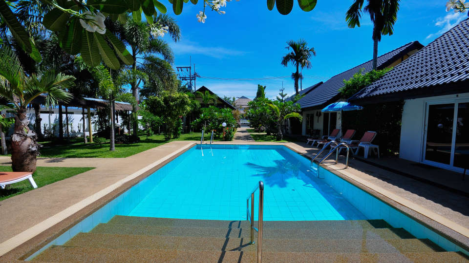 Phuket Airport Hotel Bangkok Pool Phuket Airport Hotel 3