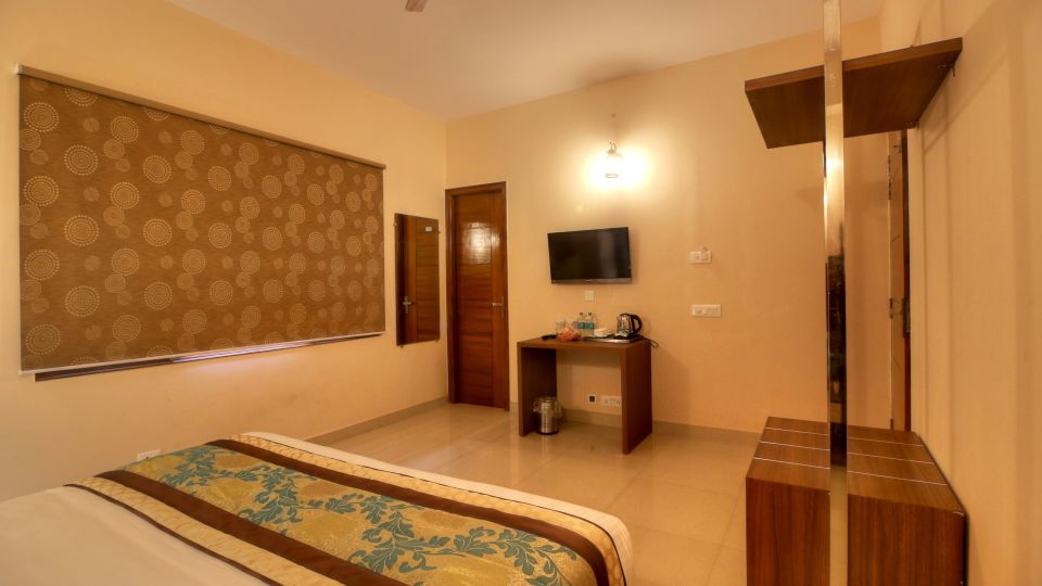 Spacious Rooms in Greater noida, Hotel rooms near Knowledge Park III, Atithi Suites, Greater noida