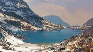 Tsomgo Lake Summit Denzong Hotel Spa Gangtok