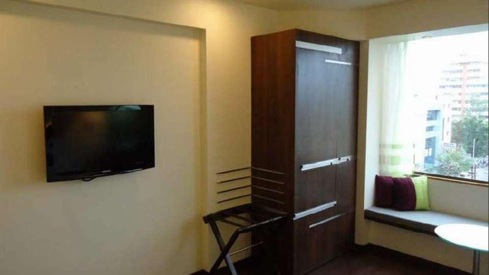 Execcutive Rooms Marasa Sarovar Portico Rajkot 1