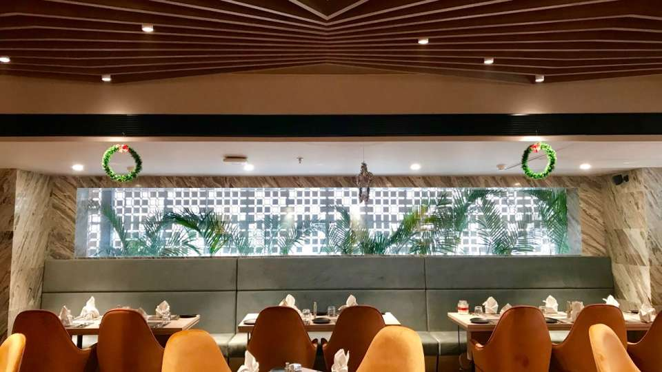 Restaurant in Lucknow, Levana Suites, Cosme 3