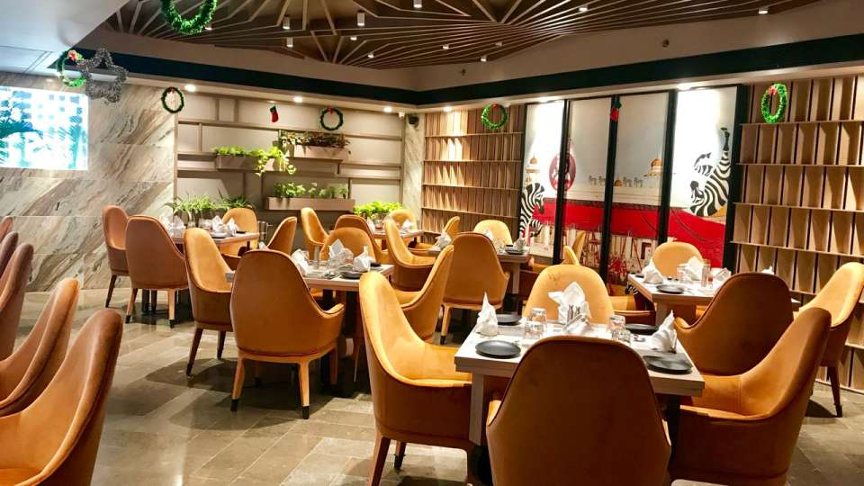 Restaurant in Lucknow, Levana Suites, Cosme 4