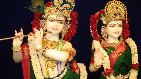 Radharamana_ Nidhivan Sarovar Portico Vrindavan_ places to visit in Vrindavan 121