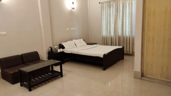 Polo Lake Resort, Neermahal, Resort in Melaghar, Rooms 3