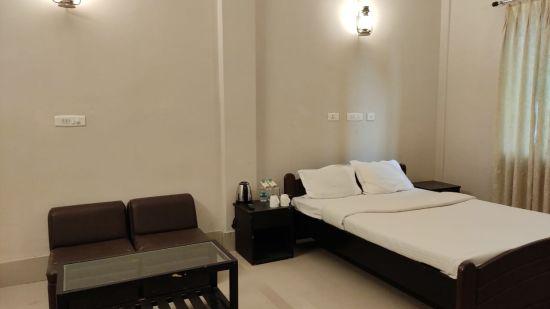 Polo Lake Resort, Neermahal, Resort in Melaghar 5
