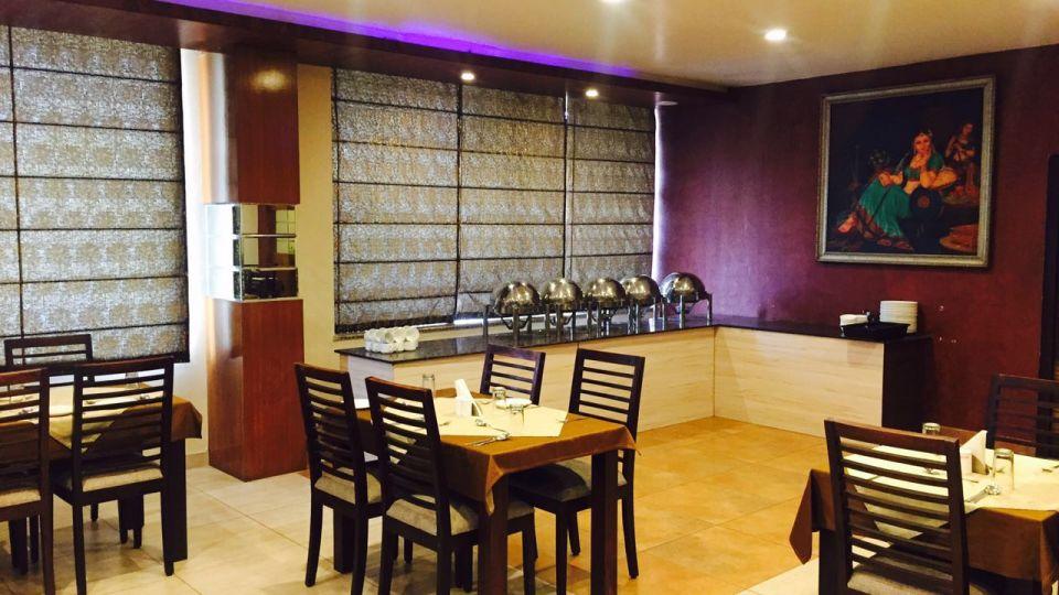 Aroma TGI Apple Inn Jaipur 5