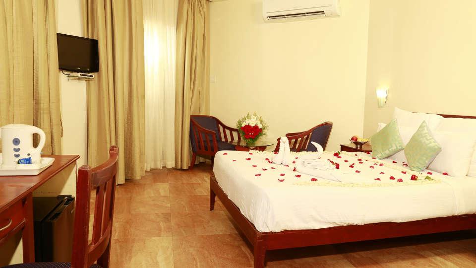 Renai Blue Waters Cherai Resort SUPERIOR ROOM